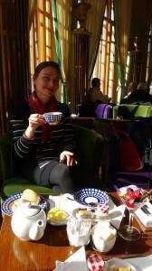 Dancing English Teacher enjoying her afternoon tea in Astoria